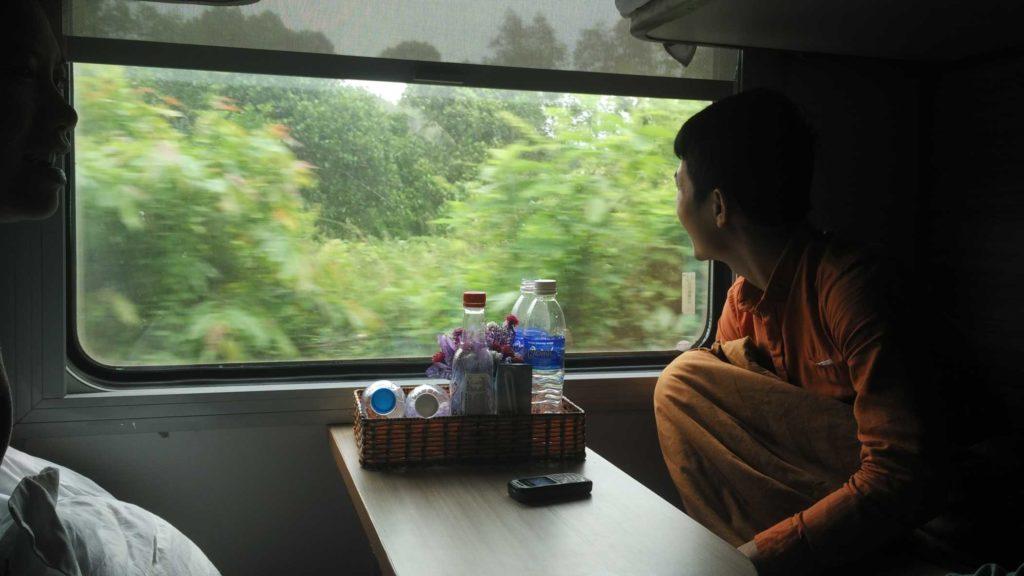 The standard scene on the train