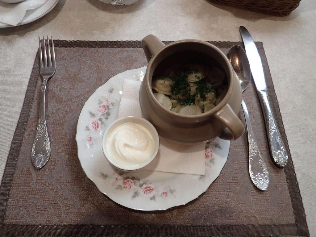 Pelmeni dumplings with sour cream (dairy! At last!)